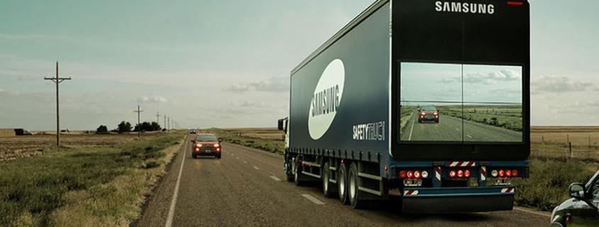 trailer-display-screen-safety-truck-samsung-111